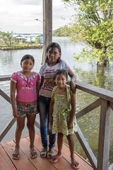 _TEF5071 (Edson Grandisoli. Natureza e mais...) Tags: escola menina jovem amaznia nativa ribeirinha cabocla regionorte