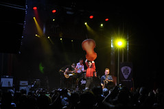Mambo Jambo (Navard) Tags: barcelona festival drums guitarra bcn catalonia musica bateria catalunya sax cataluña doublebass saxofon bethereorbesquare salaapolo sigma2470 sigma70200 mambojambo mariocobo nikond700 nikond300 ivankovacevic antonjarl salvadorcabréphotography navardphotography daninel·lo 24guitarfestivalbcn