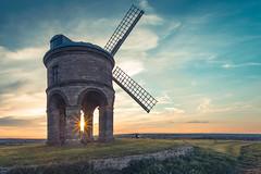 Chesterton Windmill, Warwickshire (Davoud D.) Tags: uk sunset history mill windmill clouds chesterton hdr warwickshire partlycloudy chestertonwindmill fieldofwheat fosseway strobist chestertonmill siredwardpeyto chestertonmanorhouse
