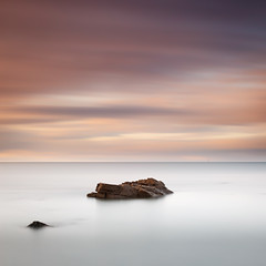 Old Hartley (Alistair Bennett) Tags: longexposure sunset seascape evening rocks northumberland oldhartley seatonsluice nd30 gnd075he sigma50mmƒ14exdg