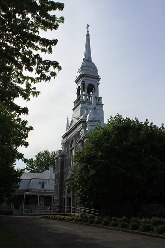 Ange-Gardien Catholic Church