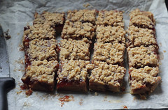 PB&J Bars 2 (clapanuelos) Tags: strawberry bars butter jam pbj peanutbutter preserves streusel