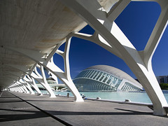 Valencia's Ciudad de las Artes y las Ciensias, Spain - the Hemisferic (Jon Bower) Tags: city blue sky geometric glass architecture modern spain arts azure ciudad cloudless artes palau sciences agora concret hemisferic aluminim valenica umbracle modernistic ciensias meseu