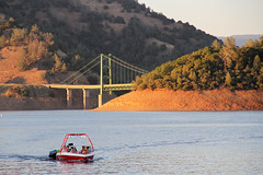 lake_oroville_june13 (45) (KrystianaBrzuza) Tags: bridge summer lake houseboat boating pontoon jetboat oroville onthewater lakeoroville