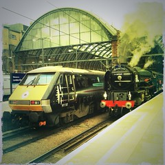 A1 60163 'Tornado' and 91110 'Battle of Britain Memorial Flight' (J @BRX) Tags: br pacific a1 kingscross tornado eastcoast peppercorn battleofbritain lner 462 60163 91110 a1locomotivetrust expresspassengerblue