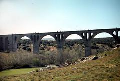 Puente de Salamanca. 1977. (Jos Luis Pajares) Tags: city color heritage photo spain ciudad avila castilla patrimonio fotocolor
