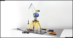 DOCK CRANE (prototype) (Pierre E Fieschi) Tags: city industry scale port docks seaside mixed dock media lego crane pierre n machine micro grue 144 tlg 1144 fieschi microscale portuaire pierree