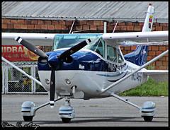 Cessna 182A Skylane / HK-2746-G (Christ M.) Tags: chile santiago peru argentina brasil airport colombia bogota dubai lima miami sydney f100 eldorado emirates auckland lan a380 boeing panama americanairlines bog aeropuerto cartagena lufthansa pei tam a330 a340 airfrance a320 iberia b747 medelln embraer f50 mde fokker sanandres atr rionegro a319 b737 barranquilla pereira a300 b767 b787 b757 b727 b777 a310 avianca a318 adz eoh matecaa a350 copaairlines skpe skbo olayaherrera josemariacordova dash8q200 skrg skmd b777f sksp