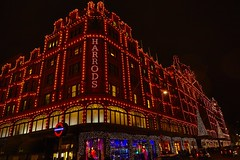 Harrods dressed for Christmas (planetnd) Tags: london harrods departmentstore
