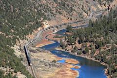 Snaking through Red Gorge (Moffat Road) Tags: railroad up train colorado canyon coloradoriver co unionpacific radium coaltrain unittrain redgorge coalempty up'smoffattunnelsubdivision