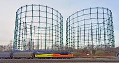 56105 at Washwood Heath (robmcrorie) Tags: boston metro steel gas heath holders gasometers cammell colas 56015 washwood