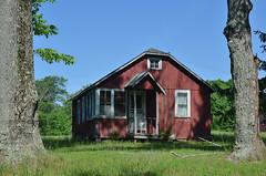 Tenant House? (rchrdcnnnghm) Tags: house abandoned sullivancountyny thompsonny oncewashome