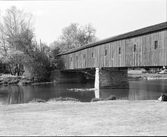 "Covered Bridge --West Montrose (Xsbmrnr (Please read profile before ""following"") Tags: bridge blackandwhite ontario mamiya film mediumformat bridges coveredbridge bandw rb67 mamiyarb67 kissingbridge westmontrose"