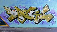 Den Haag Graffiti : SHAKE (Akbar Sim) Tags: holland netherlands graffiti nederland denhaag shake thehague binckhorst agga akbarsimonse akbarsim