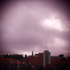 080.2016 (Francisco (PortoPortugal)) Tags: light sky colour luz portugal clouds square cu porto nuvens cor franciscooliveira portografiaassociaofotogrficadoporto 0802016 20160318fpbo2735