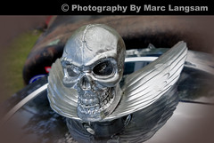 Skull-And-Wings (mlangsam2004) Tags: simivalleychilicookoffandcarshow2016 carshow simivalley hoodornament marclangsam photographyczar skull cameraphone samsungcameraphone samsunggalaxys7edge android androidcameraphone cellphonecamera