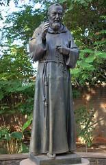 So Pio, padroeiro da igreja e do convento 185 (vandevoern) Tags: brasil piaui orao formao floriano fraternidade noviciado franciscano vandevoern