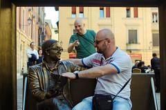 Lucio-Dalla-Bologna-Piazza-de-Celestini (Luka Stupar) Tags: italy nikon italia bologna piazza dei lucio dala dalla italija celestini bolonja d7000 luo