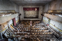 Abandoned Cinema somewhere in Italy (Matteo Dunchi) Tags: cinema abandoned decay urbex