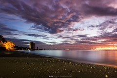 Cha Am beach (Thiwa Maneephet) Tags: beach sunrise thailand sand chaam phetchaburi