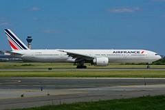 F-GZNS (Air France) (Steelhead 2010) Tags: boeing airfrance yyz freg b777 b777300er fgzns