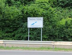 Plakatieren verboten. (universaldilletant) Tags: signs schilder sign schild plakat verboten verbot plakatieren hirzenach