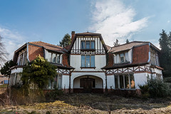 HDR-0347-49 (AntonyCASAFilms) Tags: house abandoned belgium villa mansion dentist maison derelict ue urbex maisonducerf