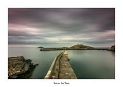 Faro de Isla Tapia... (Canconio59) Tags: espaa costa lighthouse faro coast spain asturias tapiadecasariego largaexposicin canconio59
