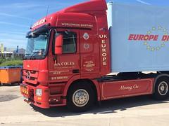 KP62 HFK - COLES - JA COLES - MERCEDES ACTROS (lewmanuk) Tags: truck mercedes trucks trucking removals v6 coles dutchstyle orangelights haulage mercedestruck actros uktrucks mercedesactros removaltruck hollandstyle uktrucking londontruck