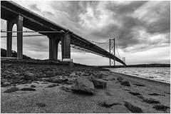 FRB Sandy Beach (Jistfoties) Tags: forthroadbridge monochrome blackandwhite niksoftware bridge northqueensferry forth civilengineering structure