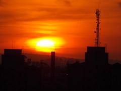 Sunset (JODF) Tags: sunset sol evening horizonte entardecer crepsculo poente flickrfriday jundia linhadohorizonte