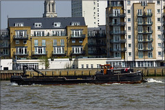 Tidy Thames 1 (PaulHP) Tags: london dutch thames river 1 service refuse barge tidy customised