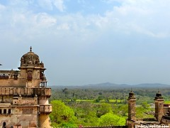 "Palacios de Orchha • <a style=""font-size:0.8em;"" href=""http://www.flickr.com/photos/92957341@N07/8725140262/"" target=""_blank"">View on Flickr</a>"