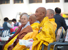 2013 Jeju Buddha's Birthday Parade (DMac 5D Mark II) Tags: birthday travel tourism festival photojournalism parade southkorea jeju buddhas 2013 douglasmacdonald thejejuweekly 2013jejubuddhasbirthdayparade