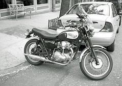 Vintage Bike (Bill Smith1) Tags: nyc brooklynheights xtol ilfordhp5400 leicam42 spring2013 voightlander35f28skoparlens