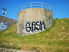 Gasm x Reft (piecesofdetroit) Tags: street art graffiti detroit artists writers reft gasm detroitgraffiti germanfriday piecesofdetroit