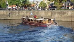 Tigre - Buenos Aires - Argentina (Rubn Casares) Tags: botes tigre kajak airelibre embarcaciones rotigre rolujn lanchascolectivas rosarmiento clubesderegatas