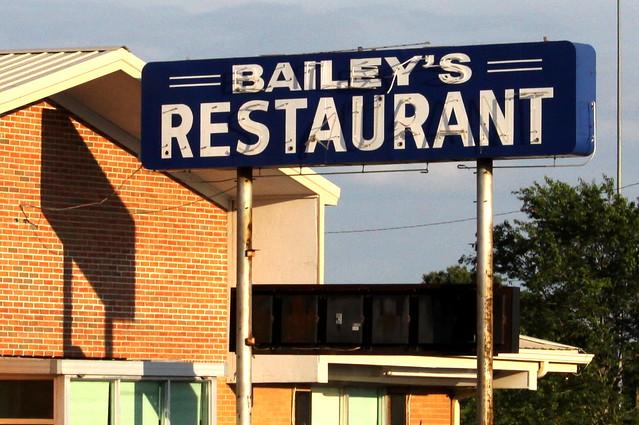 Bailey's Restaurant neon sign