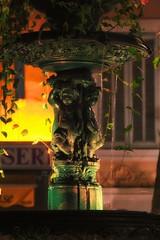 Fontaine de la libert (TGe) Tags: france water fountain canon eau statues fontaine bandol eos550