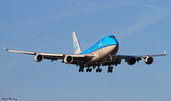 KLM 747-400 PH-BFD (birrlad) Tags: dutch amsterdam airplane la los airport angeles aircraft aviation airplanes jet royal landing airline boeing lax arrival airways klm approach airlines 06 schiphol runway ams 747 airliner jumbo 747400 kaagbaan