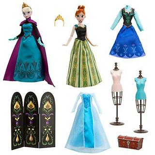 DS Frozen Deluxe Doll set!!