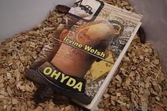 OHYDA (SzmakArt) Tags: książka robaki karaczany brazylijskie