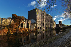 IMG_7340 (Phil_the_photter) Tags: autumn canal trent stokeontrent mersey waterway longport middleport