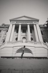 ... (d-kings) Tags: chile santiago blackandwhite blancoynegro ex canon eos blackwhite dc skateboarding sigma skate skateboard 1020 sk8 f35 museobellasartes hsm strobist 40d choconiosphotos fotosdechoconio yn460 yongnuo460 dkingsphoto