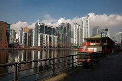 inner dock (n.a.) Tags: london water restaurant dock lotus south chinese floating baltimore quay wharf docklands pan canary peninsula e14 millwall iod