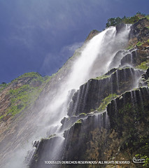 cascada (Edgar Encampira) Tags: voyage trip viaje mexico waterfall mexique chiapas cascada 2013