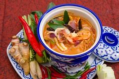 รับถ่ายภาพเมนูอาหาร อาหารไทย พร้อมพร็อบประดับตามที่ร้านต้องการ