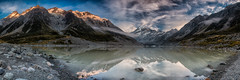 Hooker Lake Sunrise (RoosterMan64) Tags: newzealand panorama lake sunrise canon panoramic hookervalley 1740l hookerlake