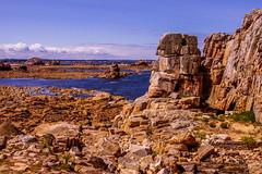 Coastal rocks (San M. Photography) Tags: sea mer france water coast frankreich brittany rocks meer wasser europe horizon bretagne manche castelmeur plougrescant ctedarmor rmelkanal englishchanel