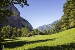 Trummelbachfalle - parque antes da entrada (CartasemPortador) Tags: bern lauterbrunnen cachoeira quedas interlaken dgua trmmelbach trmmelbachflle